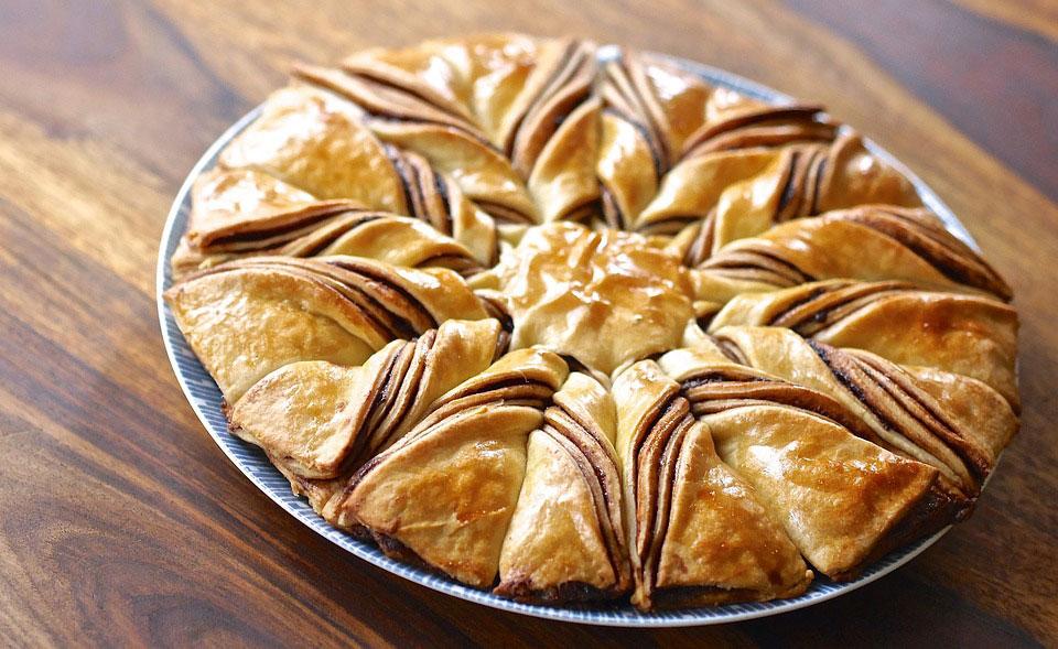 Les nouvelles recettes gourmandes avec nos pâtes à tartiner - Gâteau de crumble et brioche étoile au spéculoos sans huile de palme